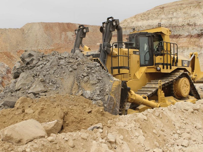 Buldozer Caterpillar D11T second hand
